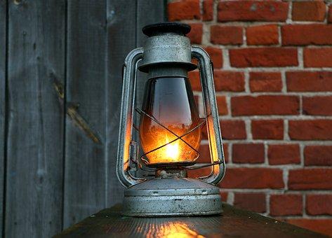 lamp-1565705__340